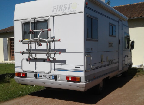 camping-car PILOTE FIRST